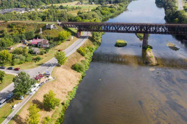 Pradedama geležinkelio tilto per Nerį rekonstrukcija