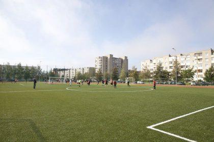 Naujas sporto aikštynas sostinės M. Mažvydo progimnazijai
