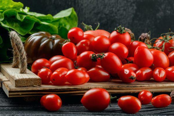 Kasmet lietuviai suvalgo vis daugiau pomidorų: kokia rūšis populiariausia?