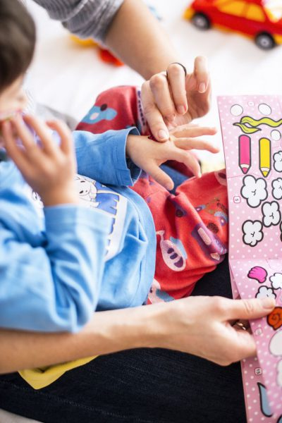 """Per metus """"Rimi"""" taromatuose paaukota suma leido išplėsti iniciatyvos """"Niekieno vaikai"""" veiklą Panevėžyje"""