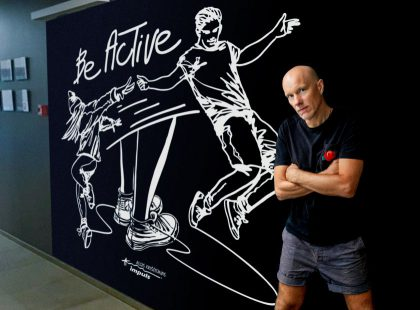 Paveikslą sporto tema sukūręs menininkas A. Kriščiūnas: judėjimas man tapo vaistu