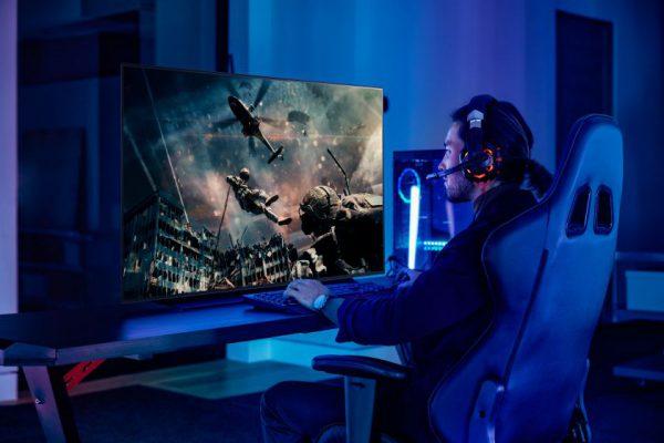 Puikiai tinka žiūrėti atsilošus ir žaisti žaidimus – LG 48 colių OLED televizorius išleidžiamas į pagrindines rinkas