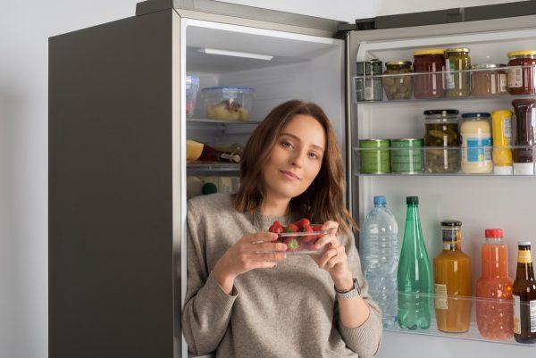 Maisto tinklaraštininkės patarimai, kaip šaldytuve laikyti produktus, kad jie kuo ilgiau išliktų švieži