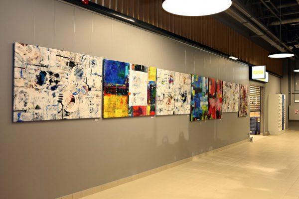"""Naujai atidarytame """"Rimi"""" prekybos centre – menininkės Anetos Kvedaravičienės darbų paroda"""