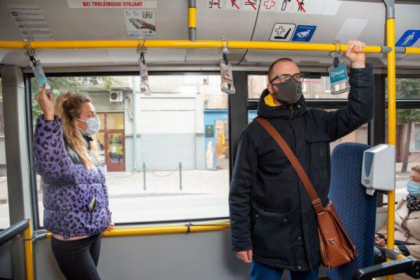 Karantinas Kaune koreguoja viešojo transporto tvarkaraščius