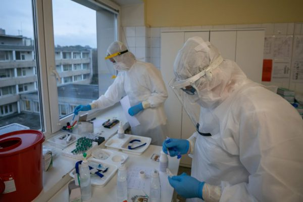 COVID-19 iššūkiai Vilniuje: auga ligonių skaičius, viruso gydymui pritaikomos ligoninės