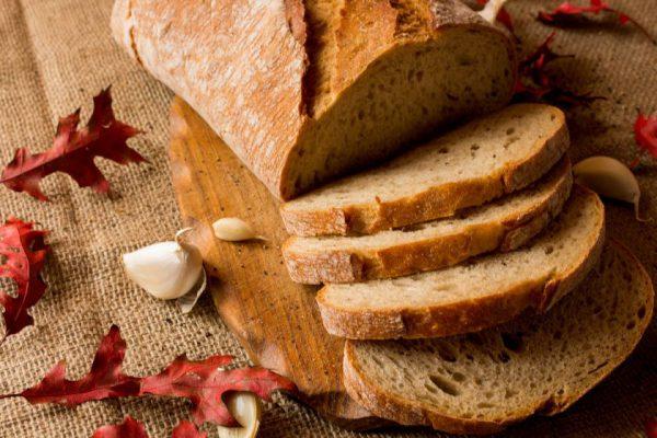 Kodėl čiabata vadinama šlepete ir kaip gimsta duonos su serbentais receptai?