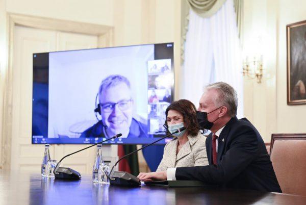 Neįgaliųjų institucinės globos pertvarkoje reikalingi žmogaus teisėmis grįsti sprendimai