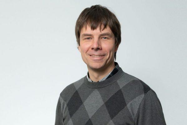 Prof. D. Matulis: tikiu, kad mokslo šviesa išsklaidys pandemijos tamsumas