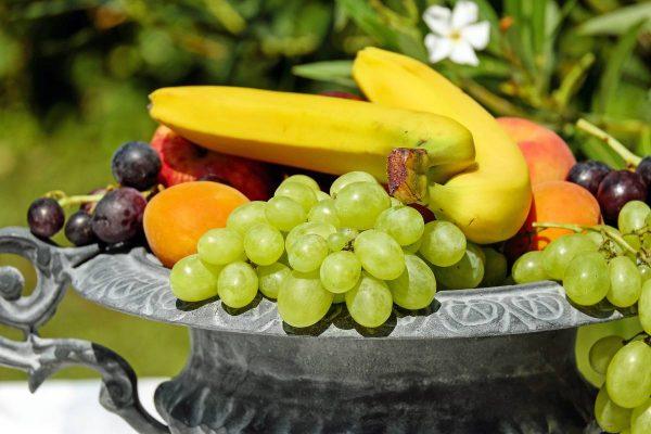 Vaisiai – svarbi kasdienio raciono dalis: paprasti patarimai, kaip juos išsirinkti ir laikyti namuose