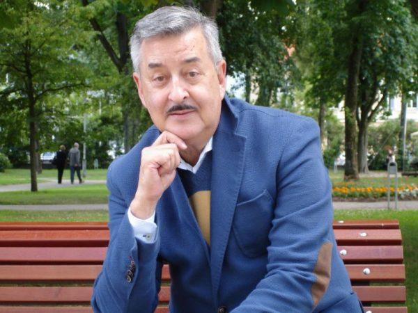 """V. Pauliukaitis: """"Internete ir spektaklius žiūriu, ir virtualiuose muziejuose lankausi"""""""