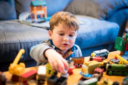 8 patarimai, kaip įvesti tvarką namuose, kai aplink vien vaikų žaislai