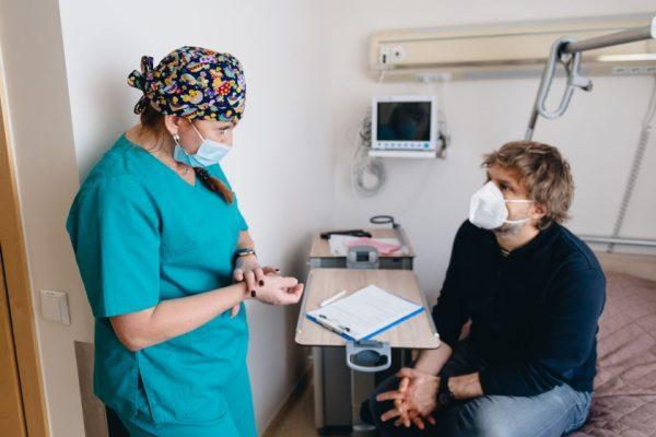 Benediktui Vanagui vienu metu atliktos riešo ir peties operacijos