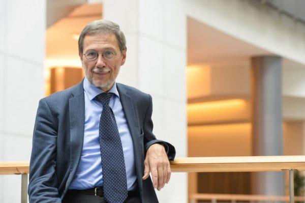 EP narys prof. L. Mažylis. Uzbekistanui prekyboje taikomos ES lengvatos galėtų padėti šaliai eiti tvaresniu keliu