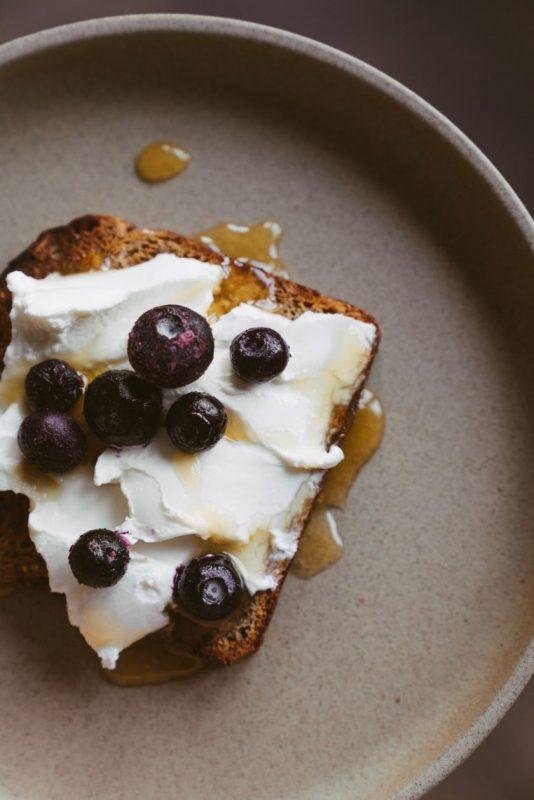 Liko juodos duonos? Pasigaminkite desertą! 2 saldžios ruginės duonos interpretacijos