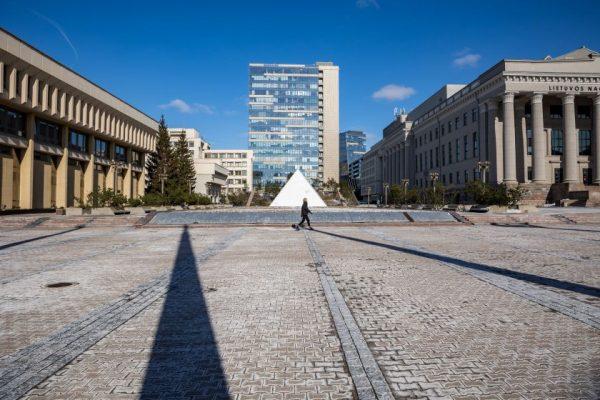 Seimo fontano likimas – Seimo rankose
