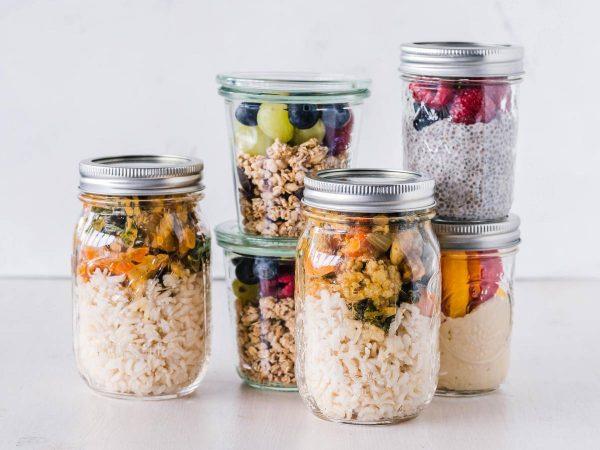"""Maisto """"paruoštukai"""" – puikus būdas sutaupyti laiko: kaip juos pasiruošti ir kokius produktus naudoti?"""
