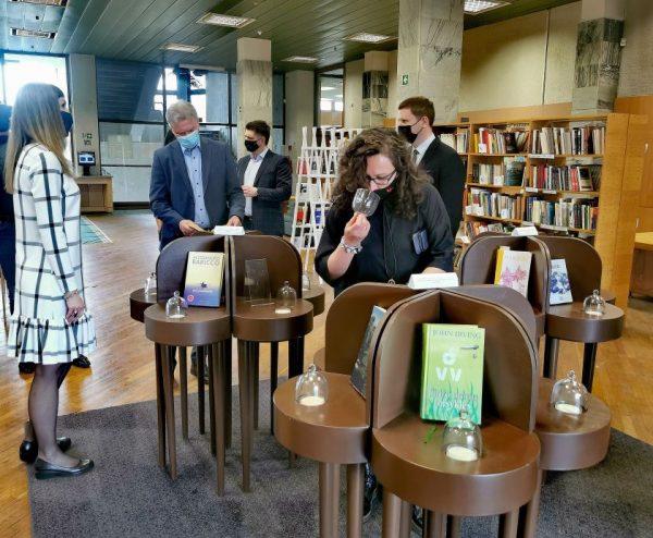 Kultūros ministro Simono Kairio vizitas Kauno apskrities viešojoje bibliotekoje