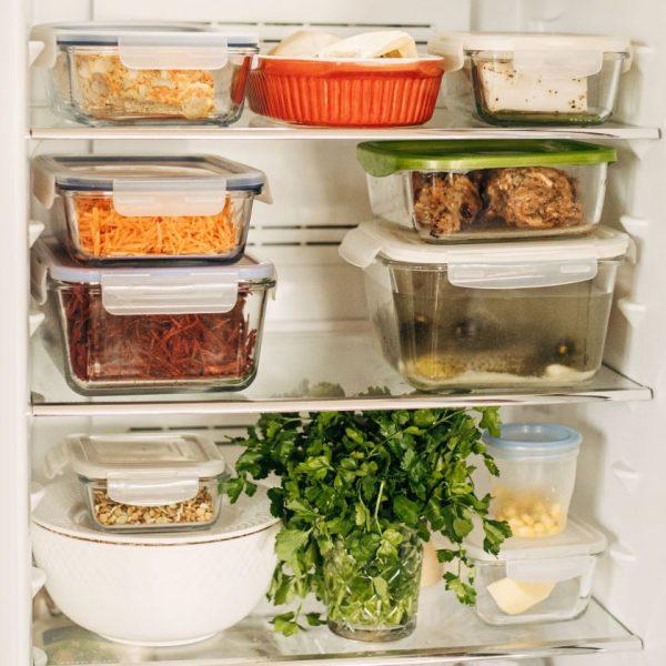 """Vaida Kurpienė: """"Maisto išmestume mažiau, jei susitvarkytume šaldytuvą"""". 9 tvarkingo šaldytuvo taisyklės"""