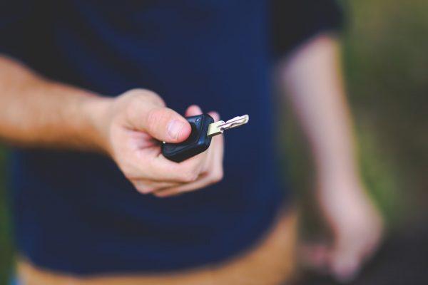 Ką daryti, kai negali įeiti į automobilį?