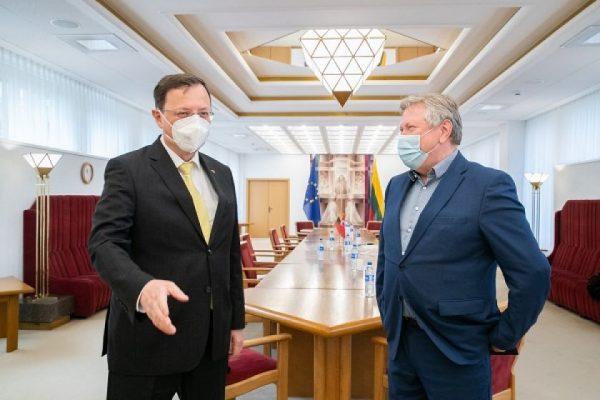 Susitikime su Turkijos ambasadoriumi įvertinta Turkijos parama Ukrainai