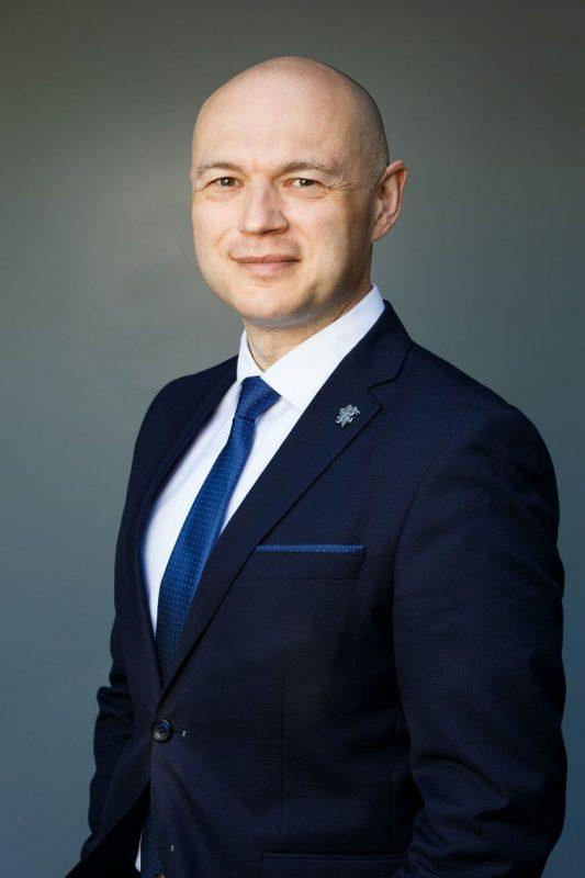 """Seimo Valstybės valdymo ir savivaldybių komiteto nario Eugenijaus Sabučio pranešimas: """"Sena korta: kam reikia merų kadencijų?"""""""