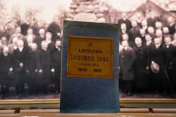 Parlamentas 101-ųjų Steigiamojo Seimo metinių sukaktį pasitiko netradiciškai