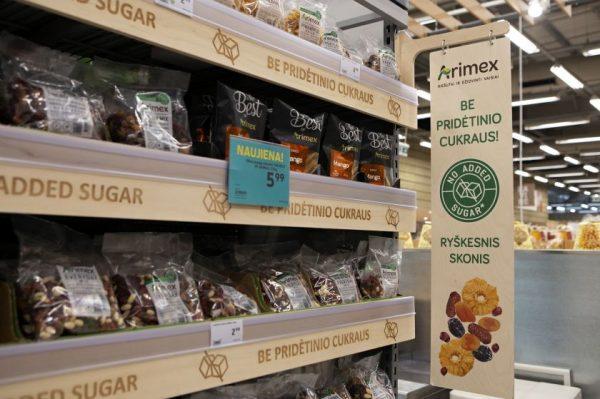 Riešutai ir džiovinti vaisiai: daugiau aiškumo, mažiau cukraus, draugiškesnės gamtai pakuotės